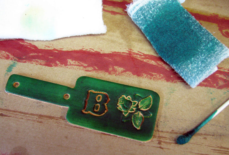 Dyeing Your DIY Leather Key Tags