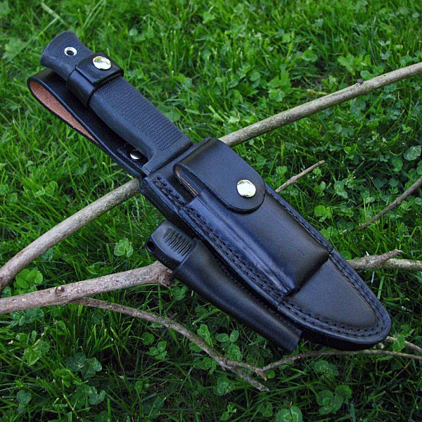 knifecase-with-stone-fire-starter-7-sq.jpg
